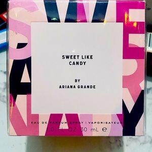 Ariana Grande Sweet Like Candy *NIB*